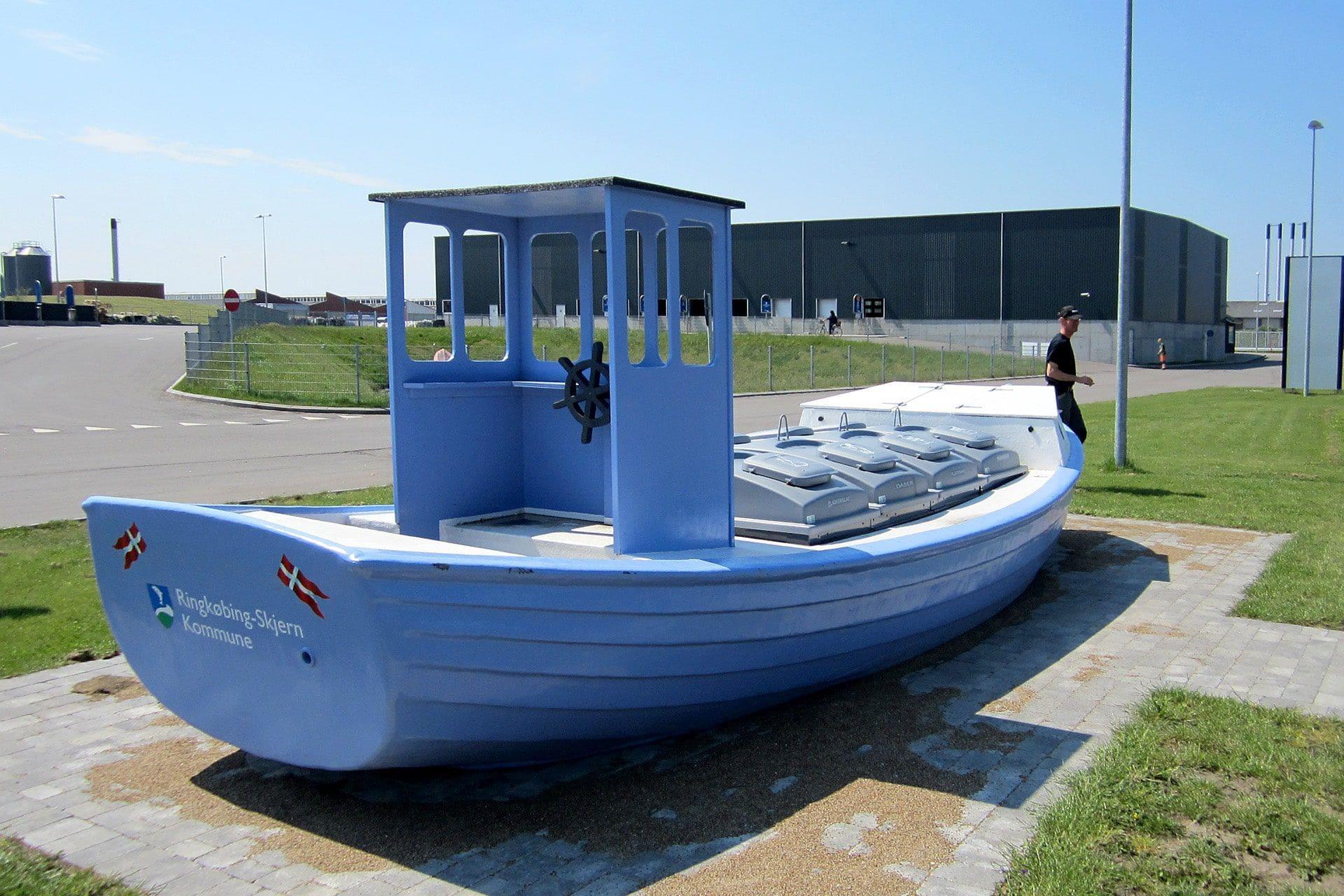 Specialløsning med Molok®Domino i båd, genbrugsplads Ringkøbing