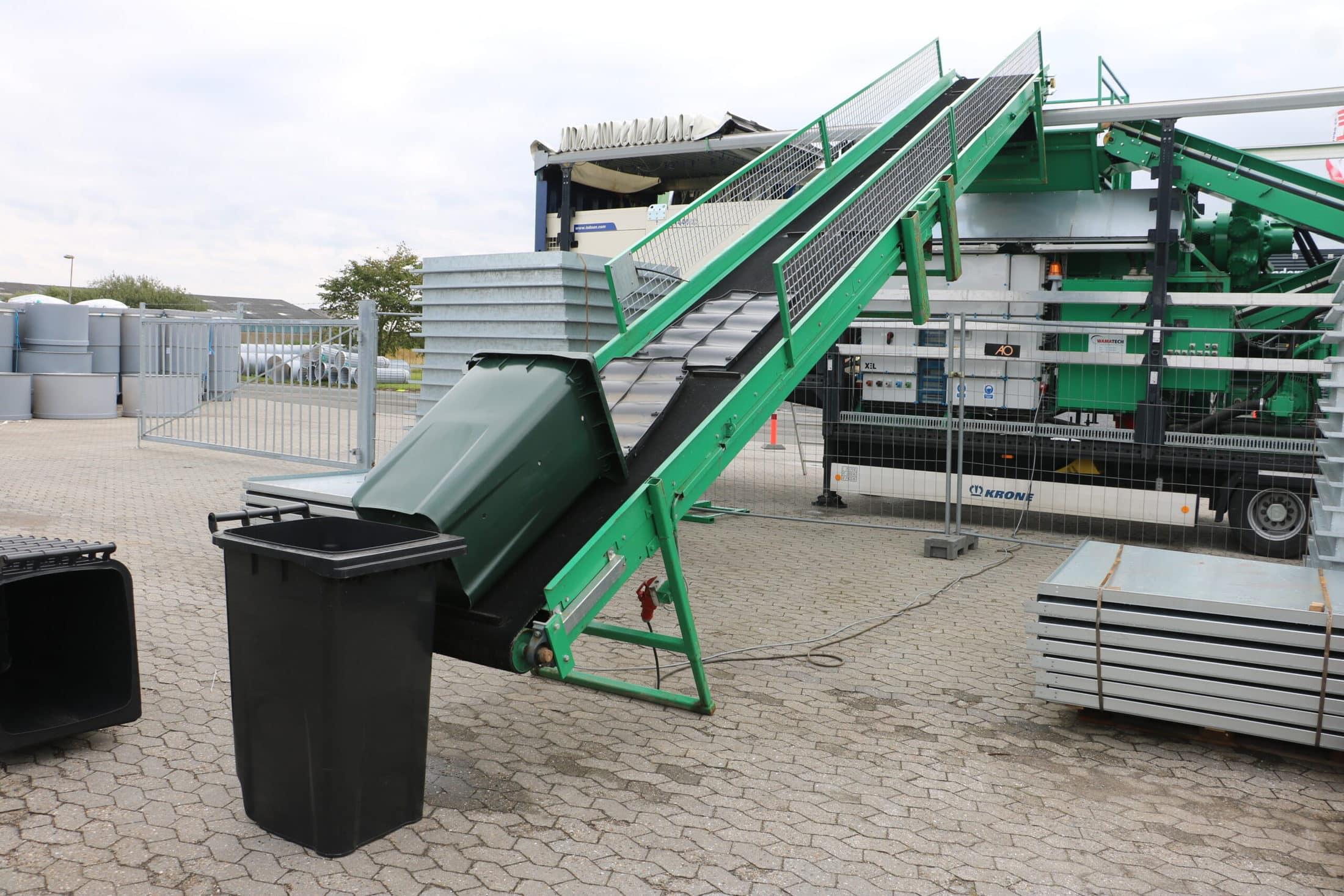 joca RECYCLING - nedbrydning og genanvendelse af affaldsbeholder i plast